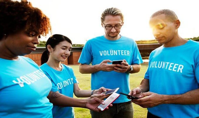 What are the advantages/disadvantages of becoming a nonprofit organization?